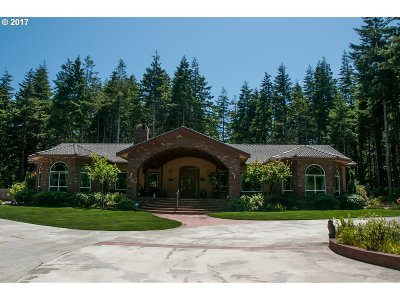 Bandon Single Family Home For Sale: 89264 Whiskey Run Ln