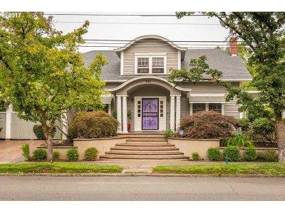 Salem Single Family Home For Sale: 885 D St