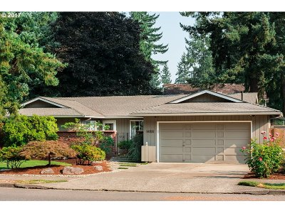 Beaverton Single Family Home For Sale: 14155 SW Hart Rd
