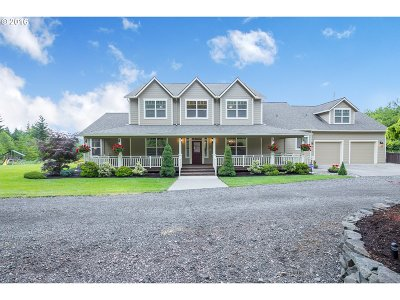 Scappoose Single Family Home For Sale: 28572 Healey Ln