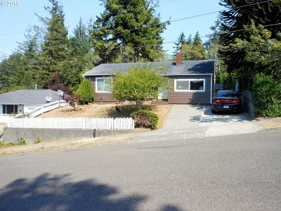 Coos Bay Single Family Home For Sale: 1824 Cottonwood
