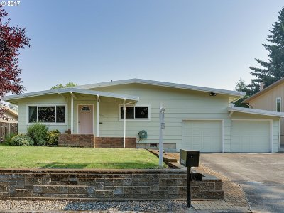 Aloha Single Family Home For Sale: 19305 SW Anderson St