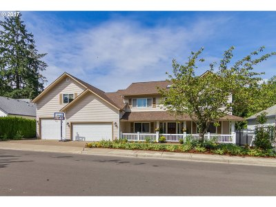 Beaverton Single Family Home For Sale: 209 SW Seminole Dr