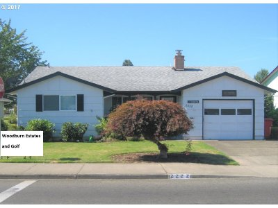 Woodburn Single Family Home For Sale: 2222 W Hayes St