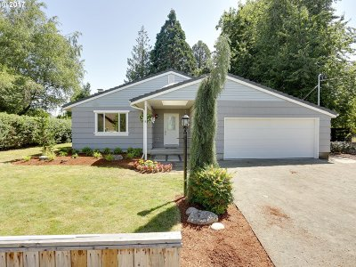 Gresham Single Family Home For Sale: 5914 SE Welch Rd