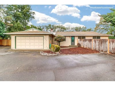 Tigard Single Family Home For Sale: 13495 SW Cresmer Dr