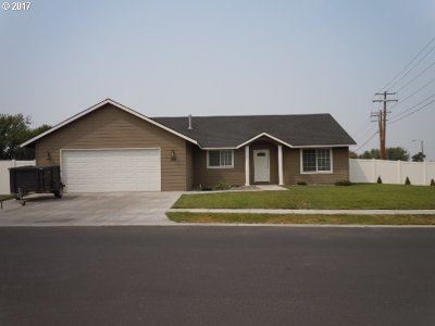 Hermiston Single Family Home For Sale: 100 SW Cottonwood Dr