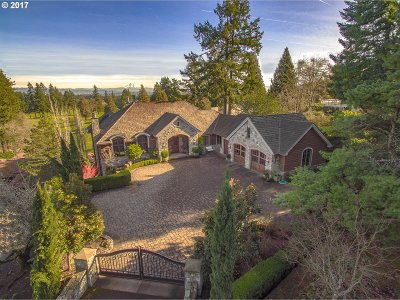 Lake Oswego Single Family Home For Sale: 14390 Uplands Dr