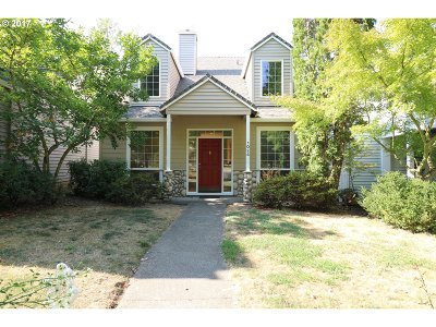 Hillsboro, Cornelius, Forest Grove Single Family Home For Sale: 1024 NE Parks Edge Cir