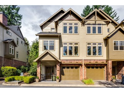 Lake Oswego Single Family Home For Sale: 5059 W Sunset Dr