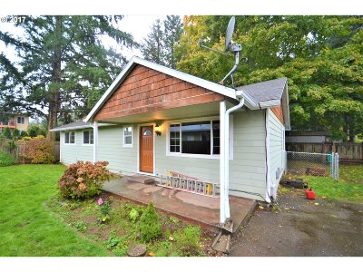 Portland Single Family Home For Sale: 325 SE 139th Ave