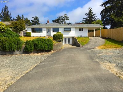 Coos Bay Single Family Home For Sale: 91646 Cape Arago Hy