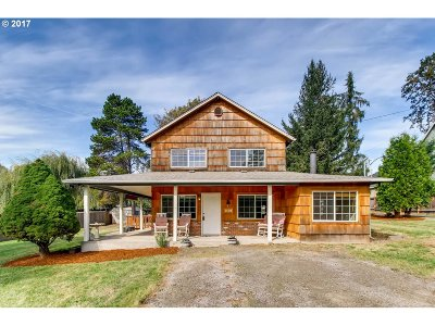 Milwaukie, Gladstone Single Family Home For Sale: 3103 SE Westview Ave