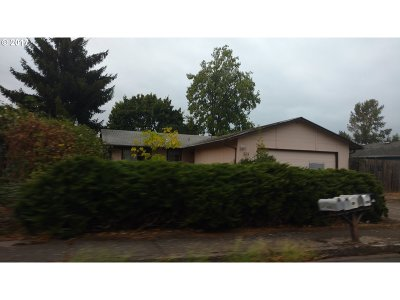 Eugene OR Single Family Home For Sale: $144,000