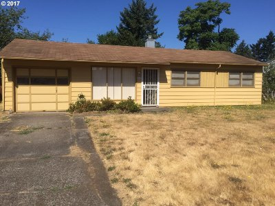 Portland Single Family Home For Sale: 2317 SE 147th Ave