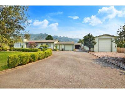 Brookings Single Family Home For Sale: 98111 Olsen Ln