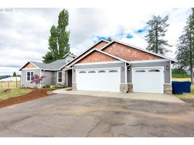 Estacada Single Family Home For Sale: 35387 SE Tracy Rd