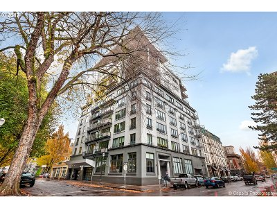 Portland Condo/Townhouse For Sale: 300 NW 8th Ave #202