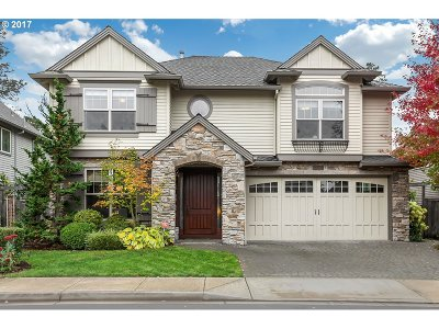 Lake Oswego Single Family Home For Sale: 5406 Langford Ln