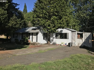 Portland Single Family Home For Sale: 8160 SW 85th Ave