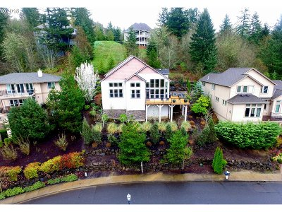 Forest Heights, Forest Heights - Wash County, Forest Heights Estates, Forest Heights, Caxton Woods, Forest Heights/Mill Woods, Forest Heights/Ridgeview Single Family Home For Sale: 3236 NW Spencer St