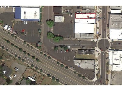 Estacada Commercial Bumpable Buyer: 365 S Broadway St