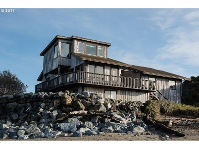 Bandon Single Family Home For Sale: 650 Jetty Rd