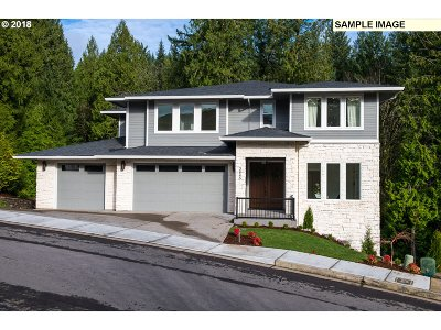 Gresham Single Family Home For Sale: 1579 SW Walters Loop