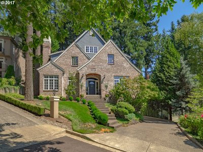 Lake Oswego Single Family Home For Sale: 13644 Melrose Pl
