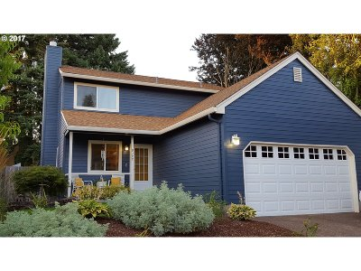 Tigard Single Family Home For Sale: 9277 SW Martha St