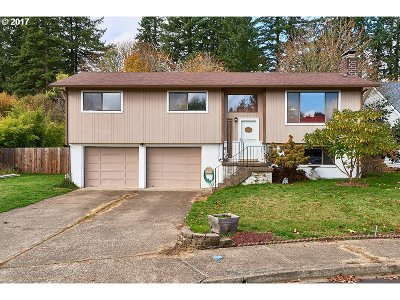 McMinnville Single Family Home For Sale: 244 NE Kingwood Ct