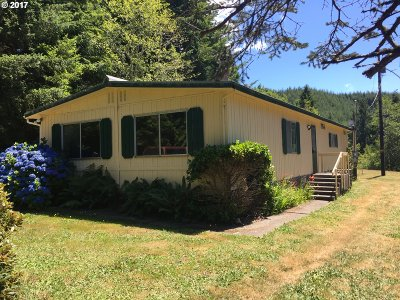 Coquille OR Single Family Home For Sale: $180,000