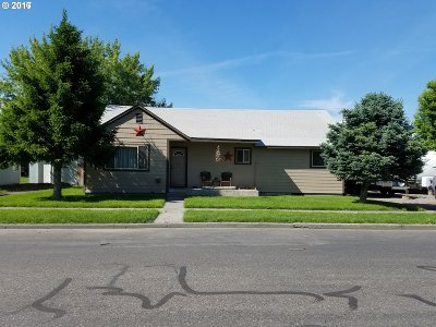 Hermiston Single Family Home For Sale: 647 E Hurlburt Ave