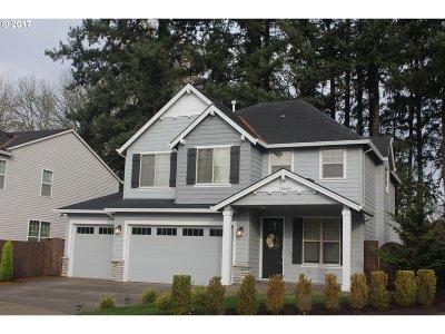 Clackamas Single Family Home For Sale: 15663 SE Thornbridge Dr