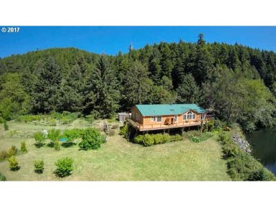 Single Family Home Sold: 1004 Yachats River Rd