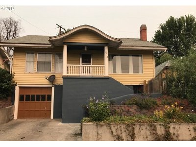 Pendleton Single Family Home For Sale: 303 NW Bailey Ave