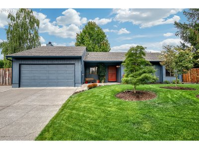 Beaverton OR Single Family Home For Sale: $425,000