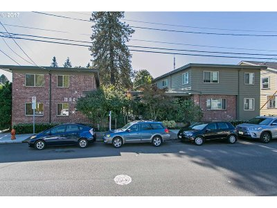 Portland Condo/Townhouse For Sale: 908 SW Gaines St #17