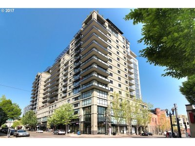 Condo/Townhouse For Sale: 1025 NW Couch St #614