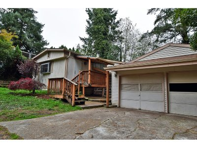 Aurora Single Family Home Sold: 23933 Woodduck Ln