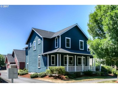 Monmouth Single Family Home For Sale: 618 S Martin Way