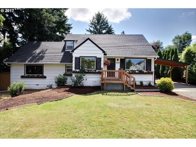 Tigard Single Family Home For Sale: 12820 SW Grant Ave