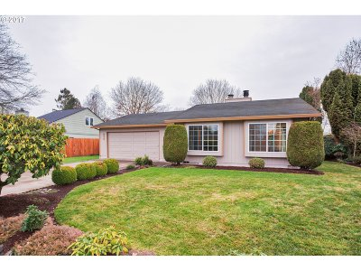 Wilsonville, Canby, Aurora Single Family Home For Sale: 239 SW 9th Ave