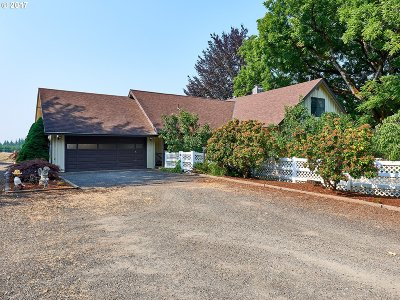 Estacada Single Family Home For Sale: 27763 SE Currin Rd