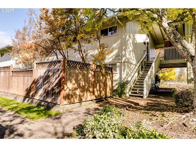 Eugene Condo/Townhouse For Sale: 1559 Garfield Pl