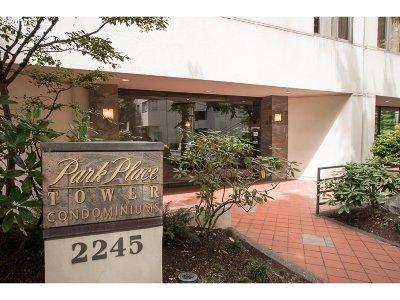 Condo/Townhouse For Sale: 2245 SW Park Pl #8C