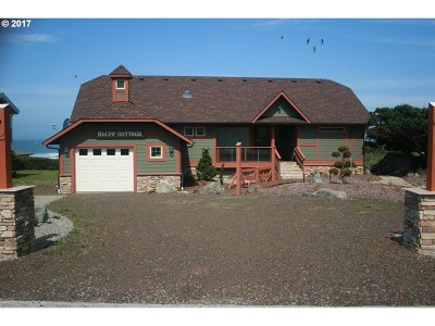 Gold Beach OR Single Family Home For Sale: $549,000