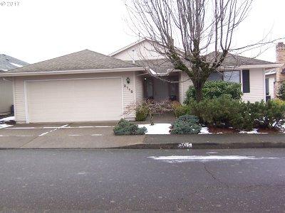 Portland Single Family Home For Sale: 2115 NE 158th Pl