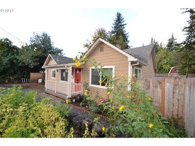 Hillsboro, Cornelius, Forest Grove Single Family Home For Sale: 529 SE 3rd Ave