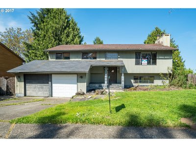 Sherwood Single Family Home For Sale: 14707 SW Willamette St